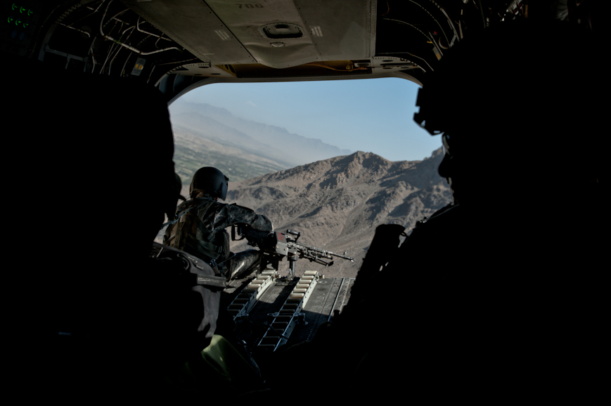 A CH-47 Chinook helicopter doorgunner on the approach to FOB Airborne in Wardak Province.